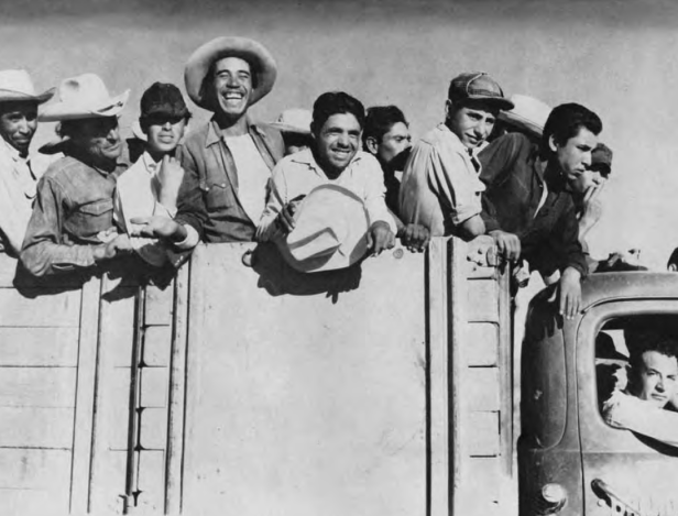 1322499907_mexican-farmworkers-leaving-chihuahua-city.png